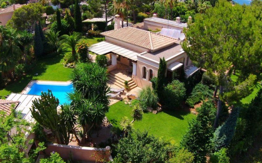 PARK VILLA IN EXCLUSIVE SANTA PONSA 2,550,000€